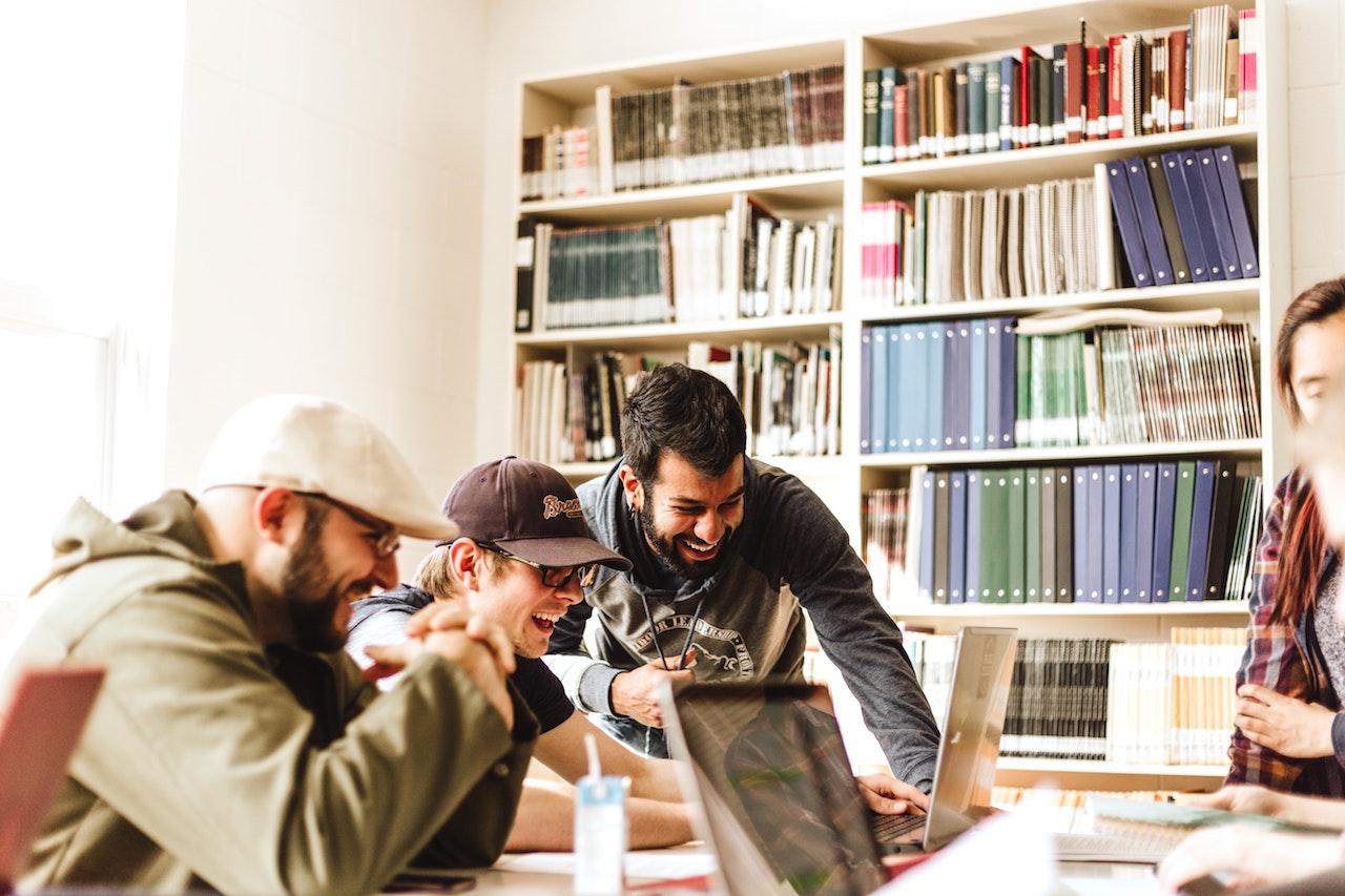Beberapa Tips Membangun Startup Tahun 2021. Ide mendirikan ...